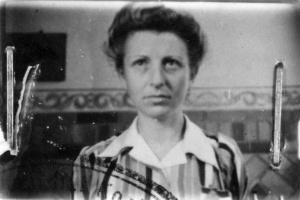 Rosie, one hour after her liberation at the Danish border