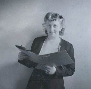 75c Working as a secretary in Sweden, 1947