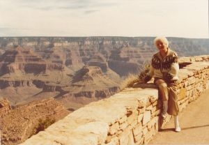 Rosie visiting the Grand Canyon in 1995. She visited 32 US cities during her trip.