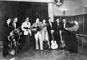 Rosie with musicians, November 1940