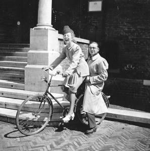 Rosie and Ernst riding a bike in The Hague, 1941