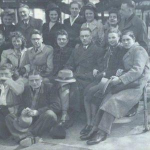 Rosie, left, withTilburg dance students, 1941