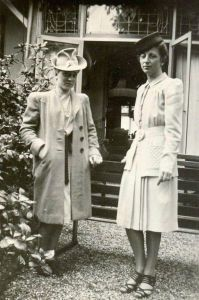 Rosie with friend Mimi van Dam, October 1940
